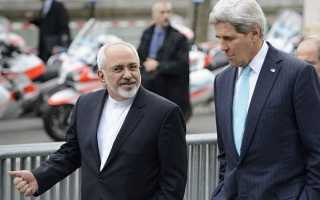 "Jefes de la diplomacia de Irán y de Estados Unidos. Foto: Times of Israel 2013, ""Kerry, Zarif to meet in Geneva as nuke talks ramp up"".**"